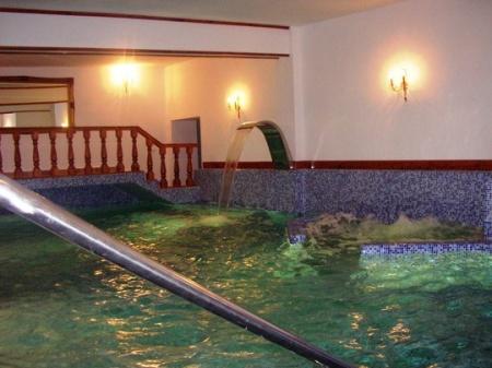 Piscina 18853 piscina si sauna accesorii piscina for Accesorii piscine
