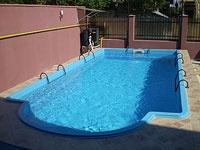 Pacific piscina din rasini armate cu fibra de sticla for Piscine fibra de sticla