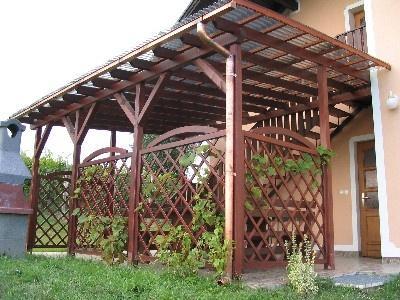 Terase din lemn 4422 terase balcoane copertine terase for Modele case cu terase acoperite