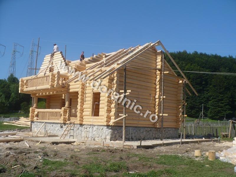 Case lemn rotund case si vile case de lemn for Case de lemn rotund