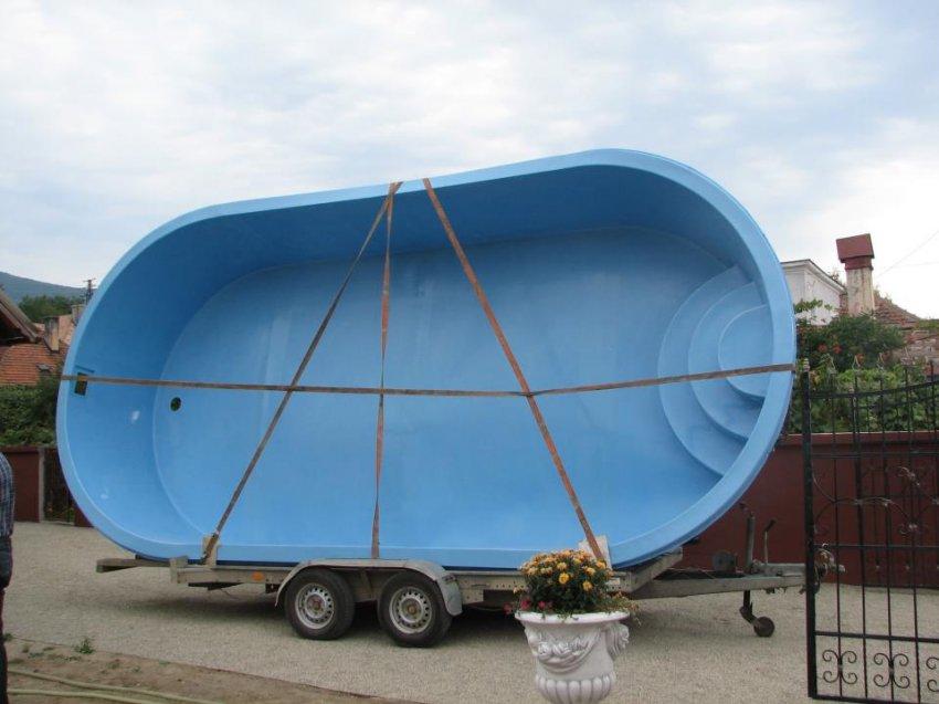 Piscina piscina si sauna spa piscine for Piscine ieftine din fibra
