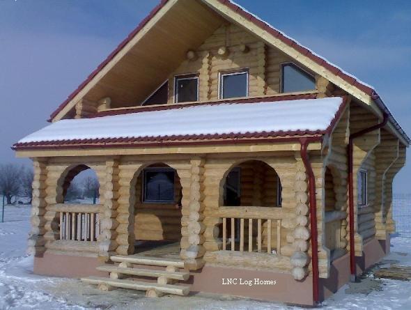 Casa din lemn rotund necalibrat 90mp case si vile case for Case de lemn rotund