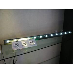 CORP ILUMINAT PENTRU FATADE 24LEDX1W WARM WHITE, 220V - HORUS LED